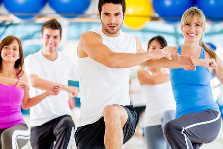 Clases dirigidas de aerobic