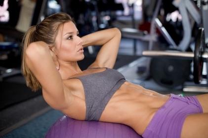 ¿Cómo marcar abdominales? Consejos para lucir este verano