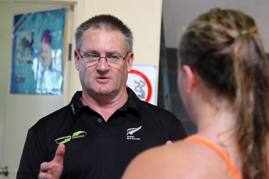 ¿Cuáles son las características del coaching deportivo?