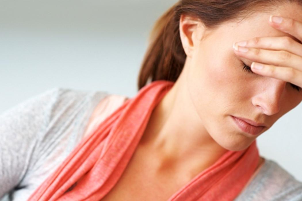 ¿Cuáles son los síntomas de la hipoglucemia y de la hiperglucemia?