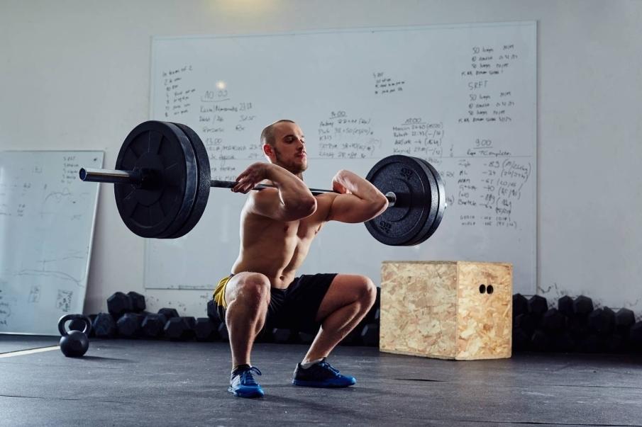 Decidir realizar un entrenamiento de fuerza sin tener clara la técnica de cada ejercicio