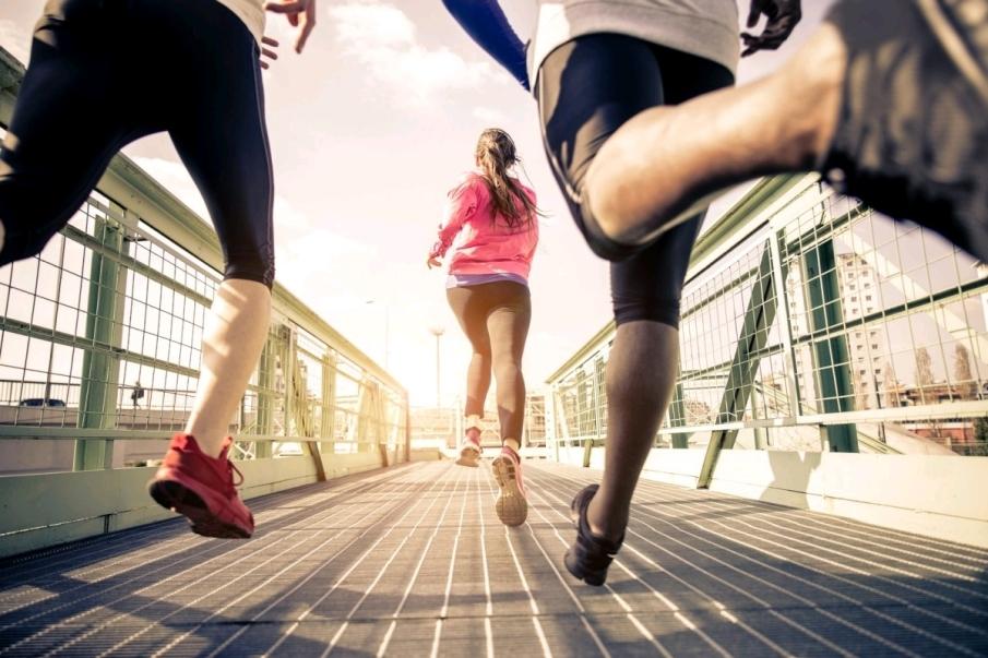 Diferencias entre correr por asfalto, camino de arena o tierra
