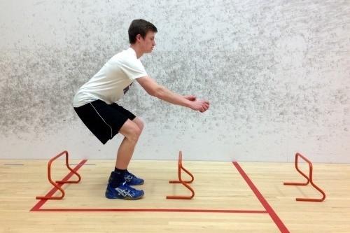 Ejercicios de pliometría - Salto de vallas con clavada (Jump)