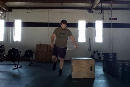 Ejercicios de pliometría - Salto lateral al cajón con una sola pierna (Hop)