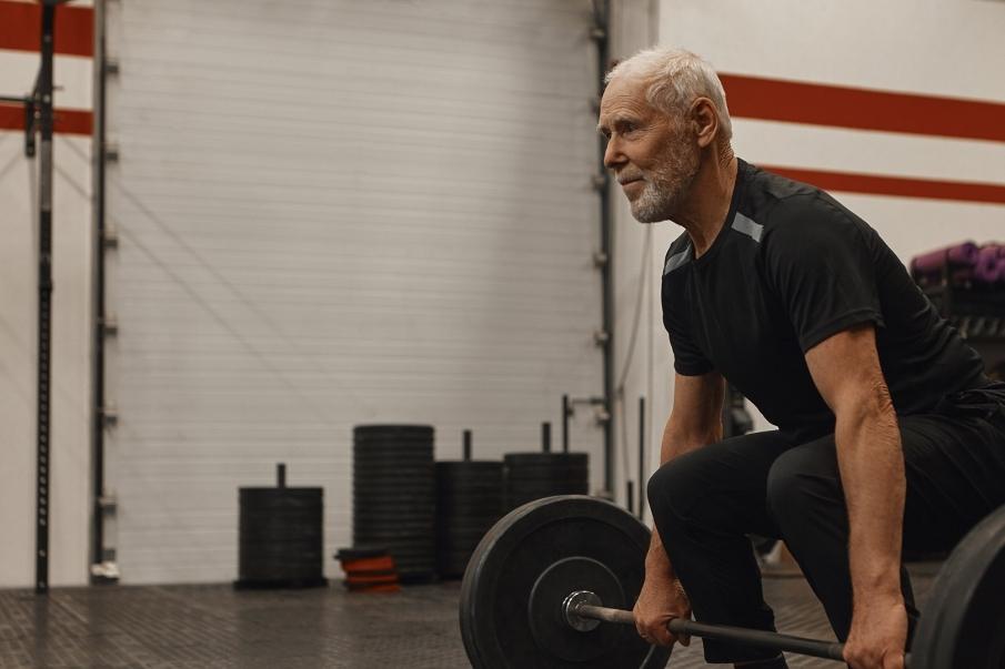 Entrenamientos de fuerza para mayores de 60 años