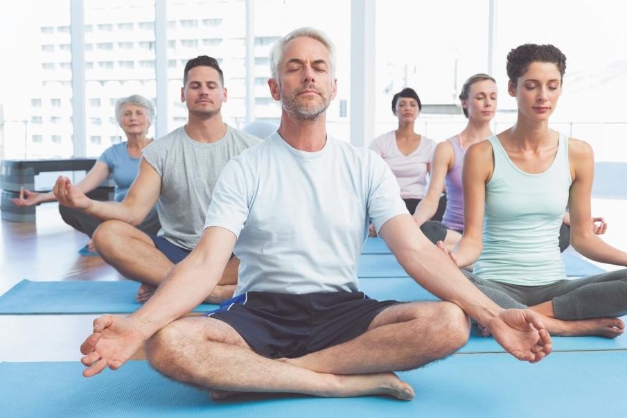 ¿En qué consiste una clase de yoga?