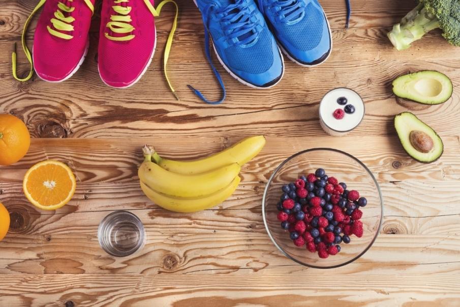 estilo de vida sana y ligado al deporte supone el hecho de seguir una dieta