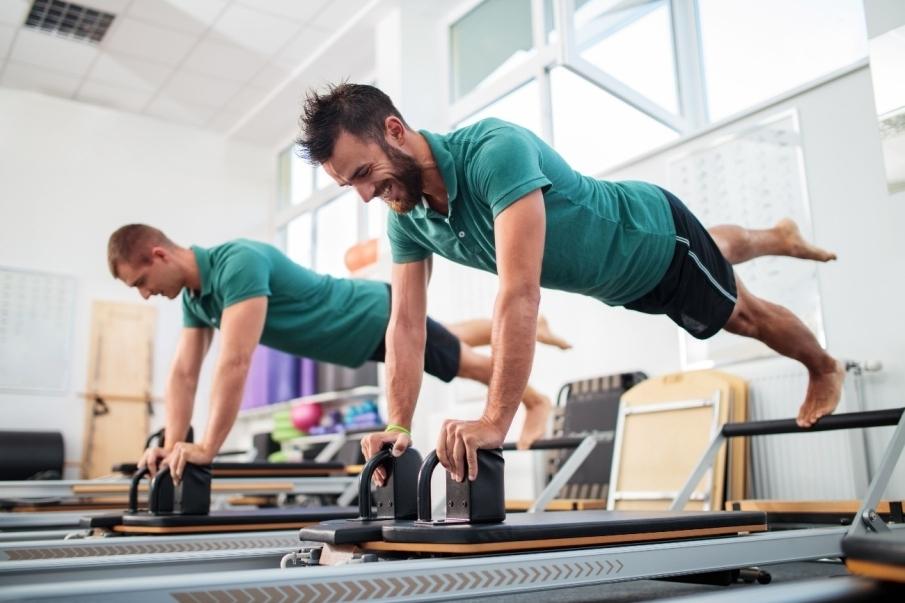 Fortalece músculos y articulaciones, mejorando la tonificación y la movilidad