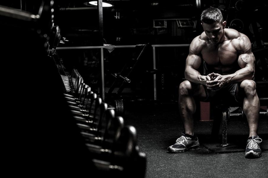 plan de entrenamiento flexible frente a un plan de entrenamiento estricto