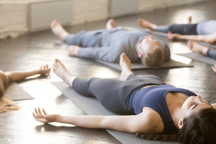 Precauciones a tener en cuenta durante la práctica de yoga