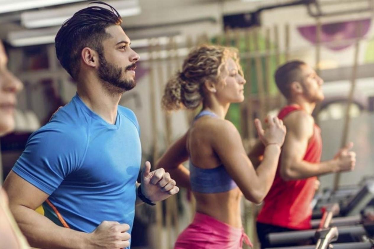 ¿Qué actividad física se recomienda para controlar la hipertensión arterial?