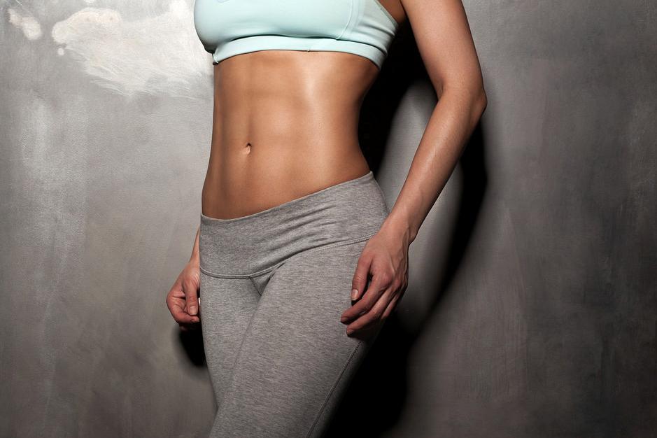 ¿Qué ejercicios hacer para marcar abdominales?