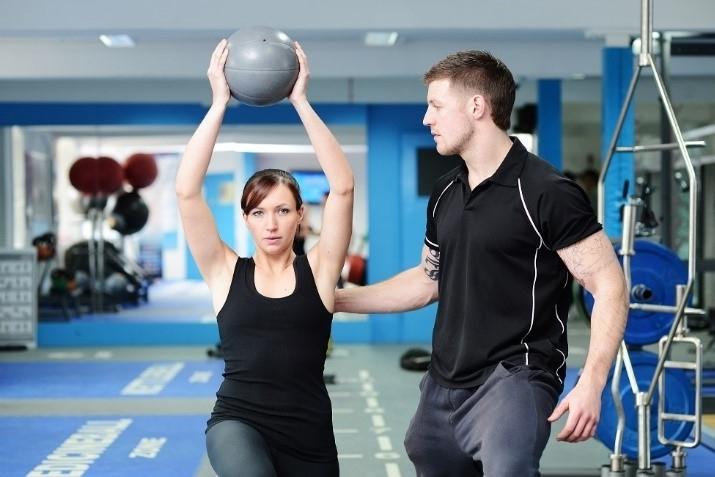 ¿Quién puede dedicarse a la readaptación deportiva?