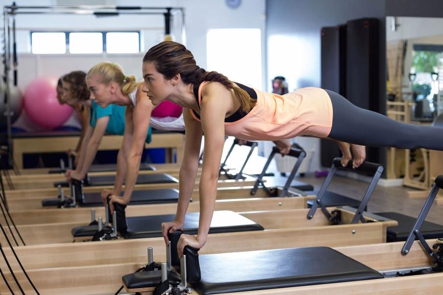 Reeducar el cuerpo con el método Pilates