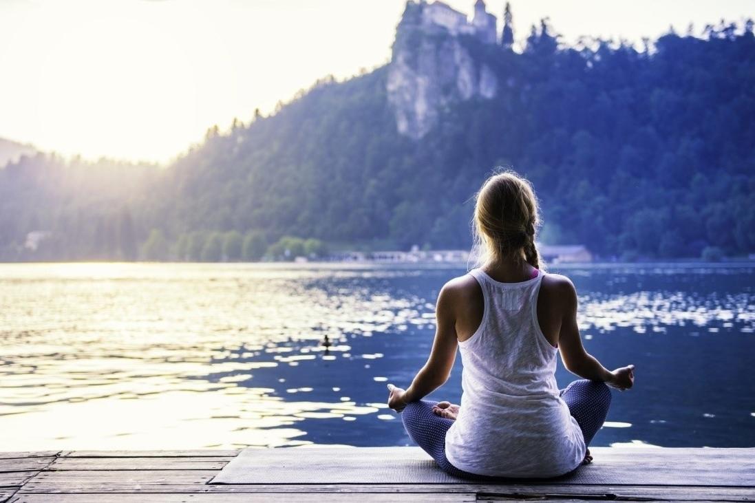 Yoga para la ansiedad y los nervios. 6 asanas relajantes